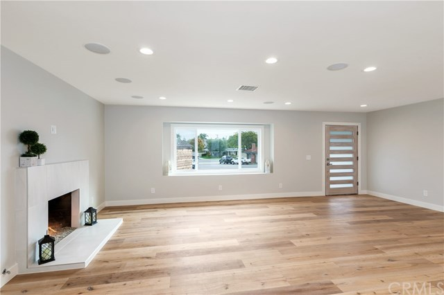 Additional photo for property listing at 279 Brentwood Place  Costa Mesa, 加利福尼亞州,92627 美國