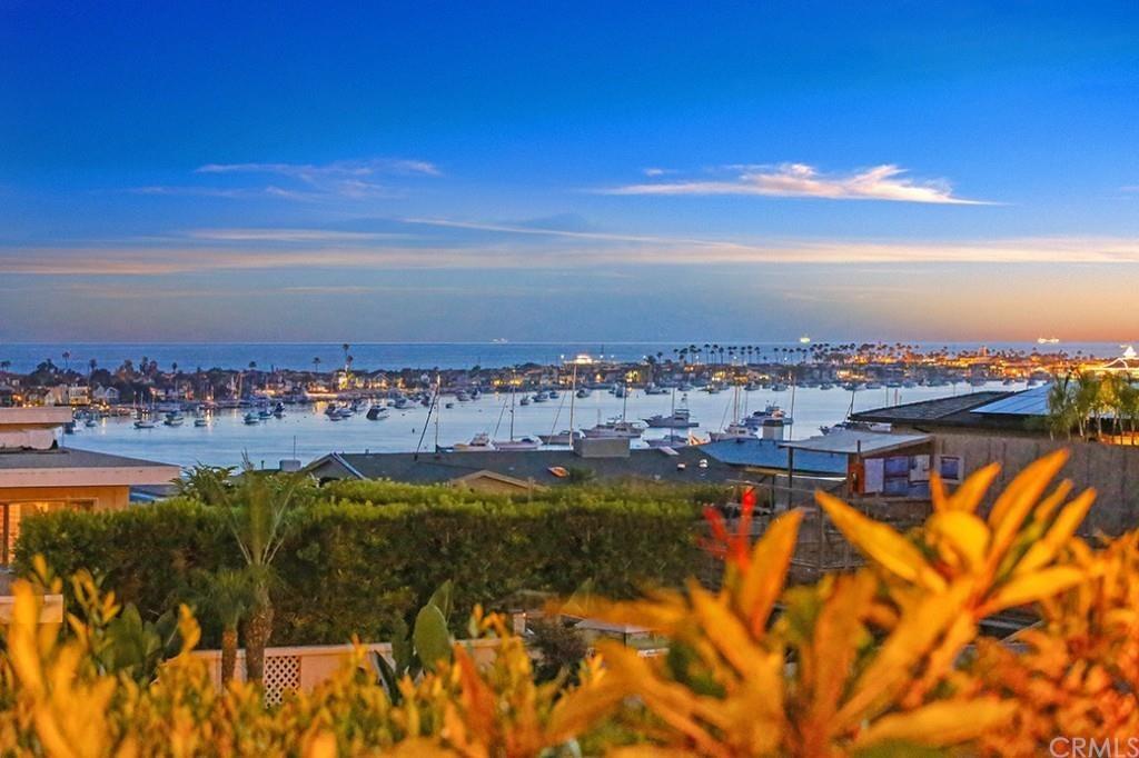 Single Family for Sale at 2021 Tahuna Terrace Corona Del Mar, California 92625 United States