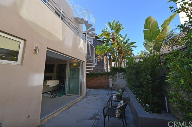 Additional photo for property listing at 2618 Cove Street  Corona Del Mar, Californie,92625 États-Unis