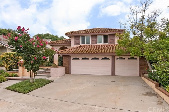 Single Family for Sale at 20902 Calle Celeste Lake Forest, California 92630 United States