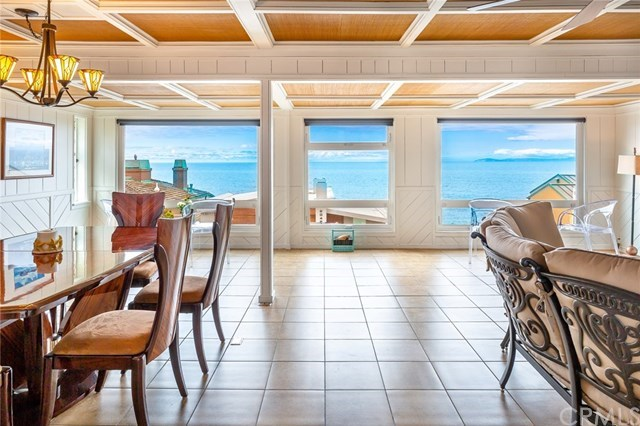 Single Family Home for Sale at 2040 Ocean Way 2040 Ocean Way Laguna Beach, California,92651 United States