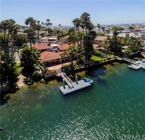 Single Family for Sale at 3900 Channel Place Newport Beach, California 92663 United States