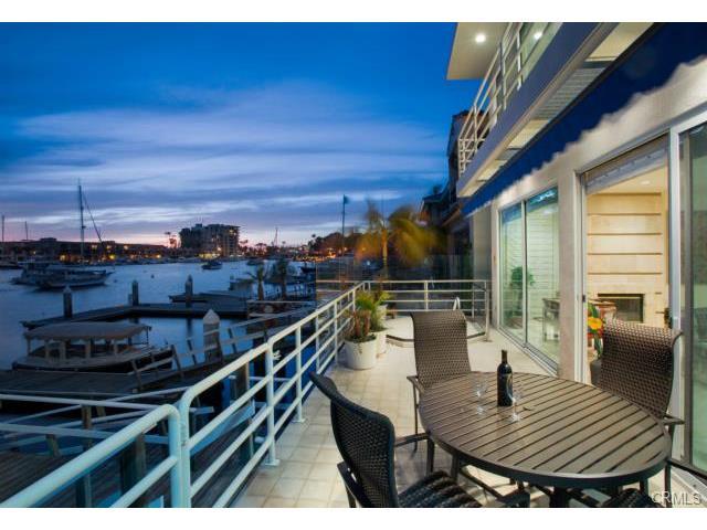 Single Family for Sale at 315 Via Lido Soud Newport Beach, California 92663 United States