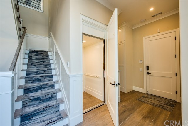 Additional photo for property listing at 2691 Crestview Drive  Newport Beach, California,92663 Estados Unidos