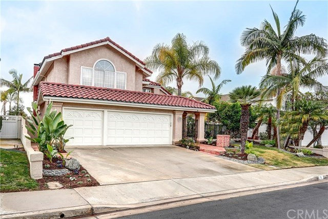 Single Family for Sale at 10 Silent Knoll Laguna Niguel, California 92677 United States
