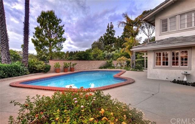 단독 가정 주택 용 매매 에 10361 Brightwood Drive North Tustin, 캘리포니아,92705 미국