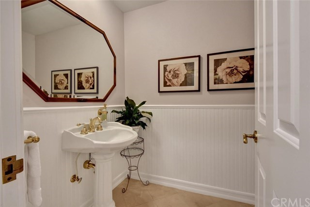 Additional photo for property listing at 10412 Boca Canyon  North Tustin, Καλιφορνια,92705 Ηνωμενεσ Πολιτειεσ