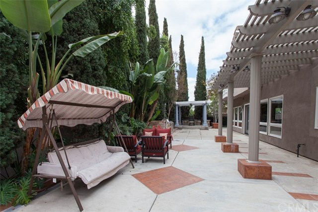 Additional photo for property listing at 13661 Belle Rive  North Tustin, California,92705 Estados Unidos