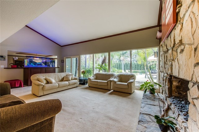 Additional photo for property listing at 12551 El Roy Drive  North Tustin, カリフォルニア,92705 アメリカ合衆国