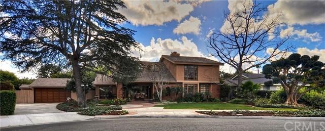 Villa per Vendita alle ore 18832 Oak Ridge Drive 18832 Oak Ridge Drive Santa Ana, California,92705 Stati Uniti