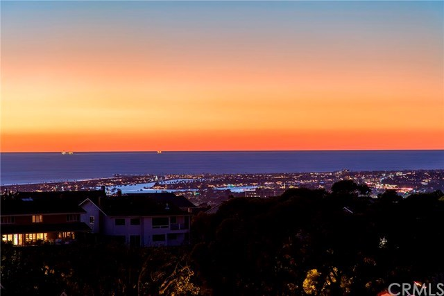 Additional photo for property listing at 2 Narbonne  Newport Beach, Califórnia,92660 Estados Unidos