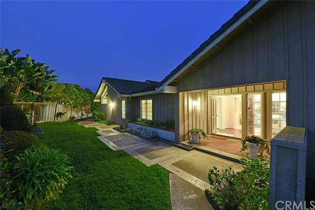 Single Family Home for Sale at 1903 Yacht Maria 1903 Yacht Maria Newport Beach, California,92660 United States
