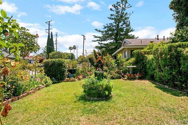 Additional photo for property listing at 552 E. Palmyra Avenue  Orange, California,92866 Estados Unidos