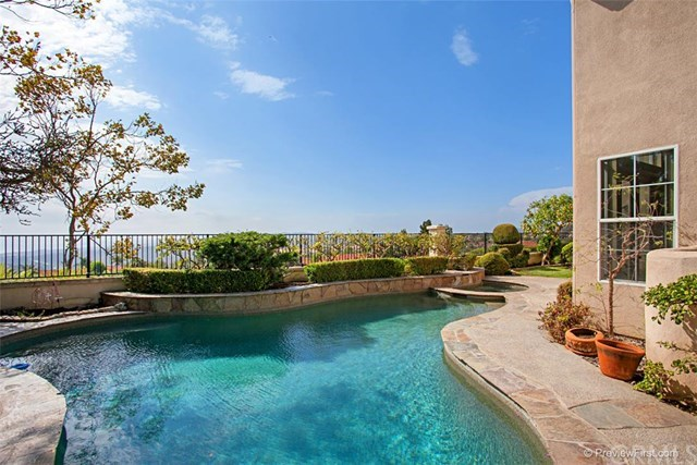 Single Family for Sale at 113 La Salle San Clemente, California 92672 United States