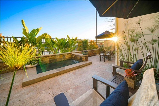 Condominium for Sale at 8228 Noelle Drive 8228 Noelle Drive Huntington Beach, California,92646 United States