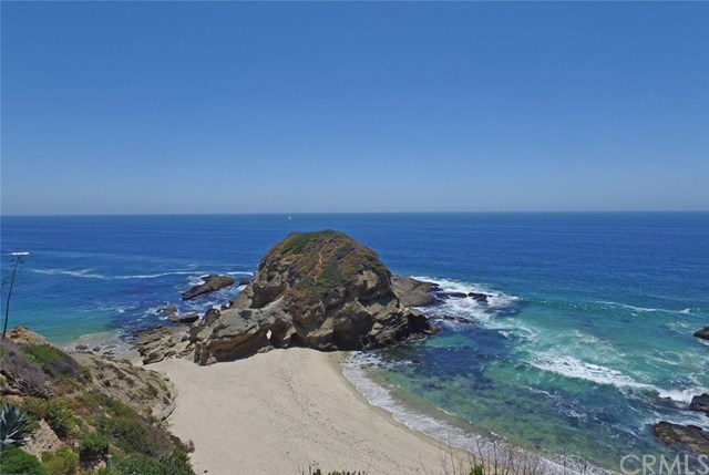 Частный дом для того Продажа на 12 S. La Senda Drive 12 S. La Senda Drive Laguna Beach, Калифорния,92651 Соединенные Штаты