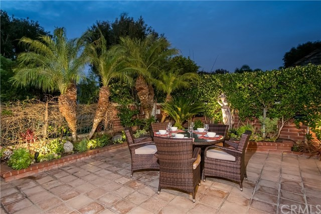 Additional photo for property listing at 19441 Ironwood Lane  Huntington Beach, Califórnia,92648 Estados Unidos
