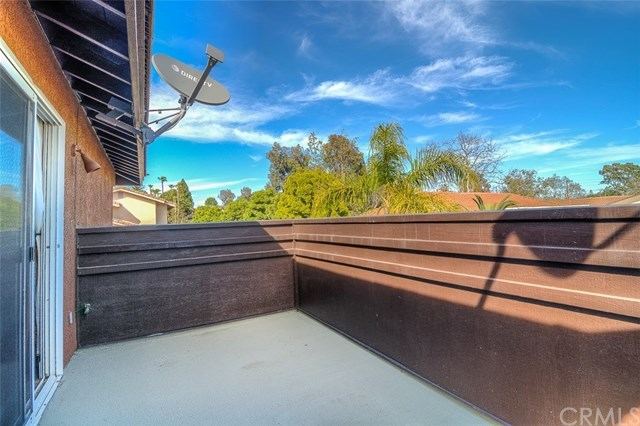 Additional photo for property listing at 1966 Lake Street  Huntington Beach, California,92648 United States