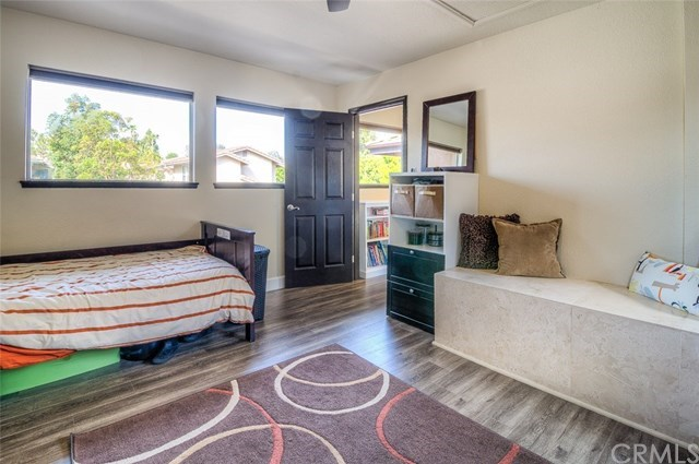 Additional photo for property listing at 1966 Lake Street  Huntington Beach, California,92648 Estados Unidos