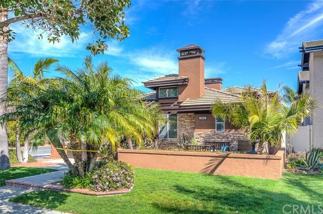 Single Family Home for Sale at 1966 Lake Street Huntington Beach, California,92648 United States