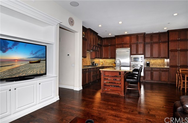 Additional photo for property listing at 17291 Wareham Lane  Huntington Beach, Калифорния,92649 Соединенные Штаты