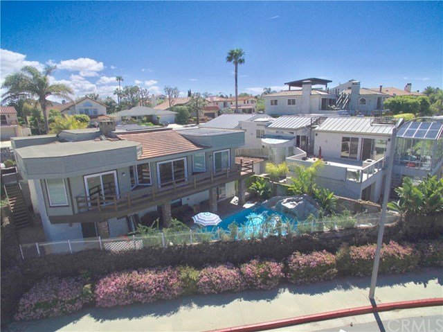 Additional photo for property listing at 17181 Marina View Place  Huntington Beach, California,92649 Estados Unidos
