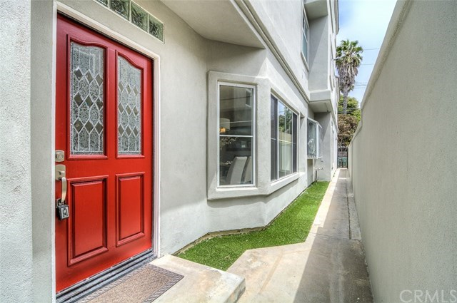 Additional photo for property listing at 318 15th Street  杭廷顿海滩, 加利福尼亚州,92648 美国