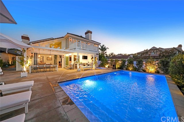 Maison unifamiliale pour l Vente à 6271 Turnberry Circle Huntington Beach, Californie,92648 États-Unis