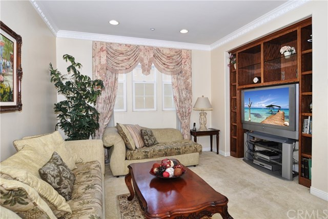 Additional photo for property listing at 21345 Alcazar Lane 21345 Alcazar Lane Huntington Beach, カリフォルニア,92648 アメリカ合衆国
