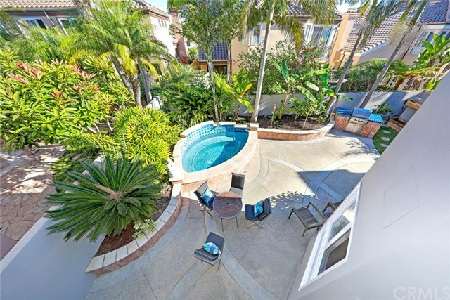Additional photo for property listing at 19056 Stonehurst Lane 19056 Stonehurst Lane Huntington Beach, California,92648 Stati Uniti