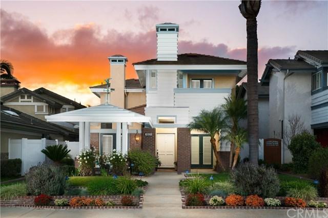 Vivienda unifamiliar por un Venta en 1931 Pine Street 1931 Pine Street Huntington Beach, California,92648 Estados Unidos