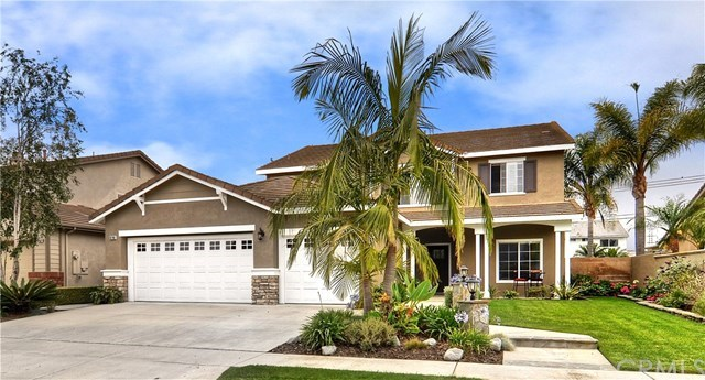Casa Unifamiliar por un Venta en 8740 Canary Avenue Fountain Valley, California,92708 Estados Unidos