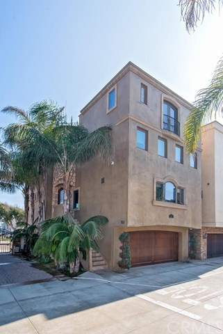 Single Family for Sale at 2 #b Surfside Avenue Surfside, California 90743 United States