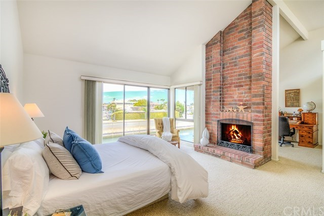 Additional photo for property listing at 16692 Intrepid Lane  Huntington Beach, Californie,92649 États-Unis