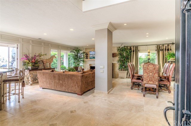 Additional photo for property listing at 17042 Marinabay Drive  Huntington Beach, 캘리포니아,92649 미국
