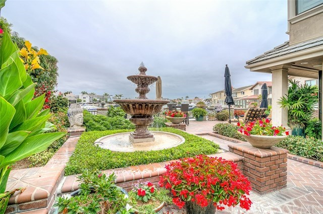 Additional photo for property listing at 17042 Marinabay Drive  Huntington Beach, 加利福尼亞州,92649 美國