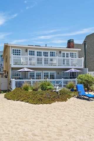 Additional photo for property listing at 23 A Surfside Avenue  Surfside, California,90743 United States