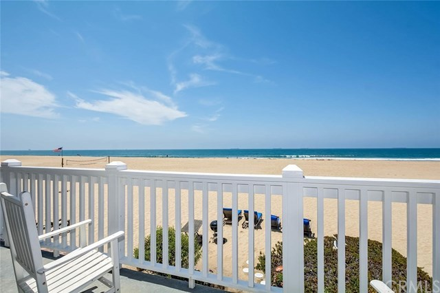 Additional photo for property listing at 23 A Surfside Avenue  Surfside, Califórnia,90743 Estados Unidos