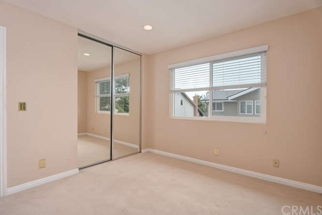 Additional photo for property listing at 3925 Humboldt Drive 3925 Humboldt Drive Huntington Beach, California,92649 United States