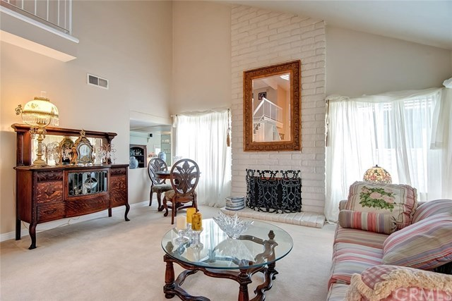 Additional photo for property listing at 3925 Humboldt Drive 3925 Humboldt Drive Huntington Beach, Kalifornien,92649 Vereinigte Staaten