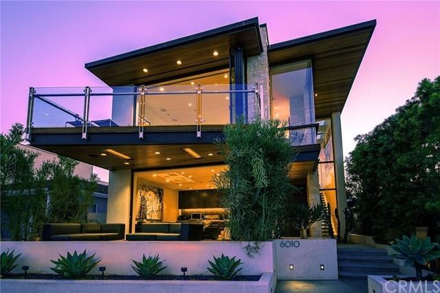 Casa Unifamiliar por un Venta en 6010 E. Appian Way 6010 E. Appian Way Long Beach, California,90803 Estados Unidos