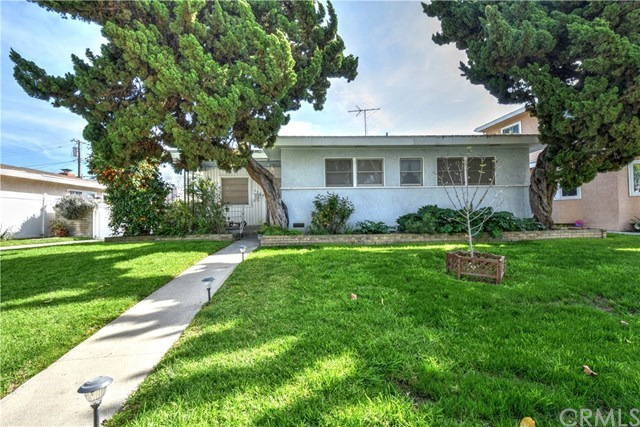 Single Family for Sale at 3534 Conquista Avenue Long Beach, California 90808 United States