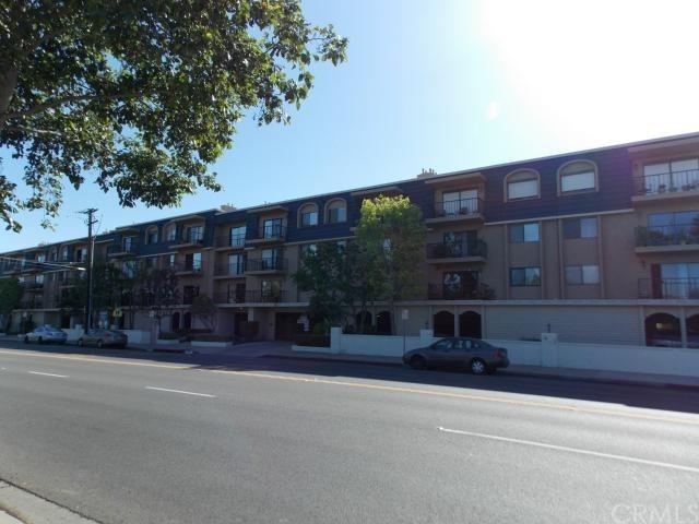 Condo / Townhome / Loft for Sale at 12400 Montecito Road Unit 409 Rossmoor, California 90740 United States
