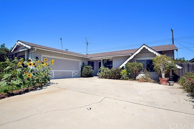Single Family for Sale at 1805 W. Harvard Street Santa Ana, California 92704 United States