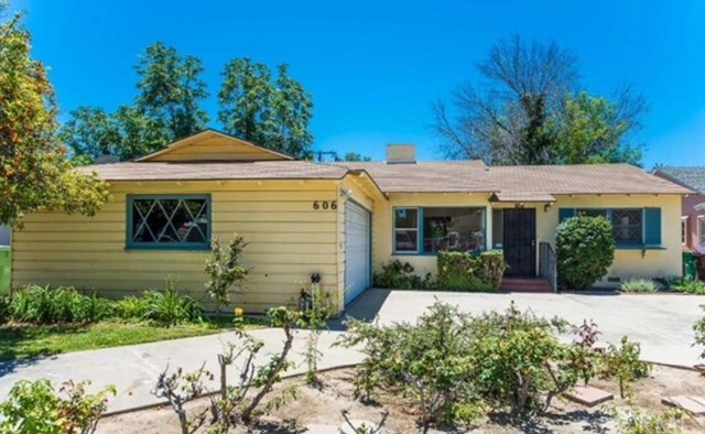 Single Family for Sale at 606 West Park Lane Santa Ana, California 92706 United States