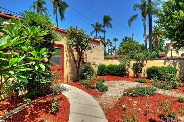 Additional photo for property listing at 1816 N. Heliotrope Drive  Santa Ana, Califórnia,92706 Estados Unidos