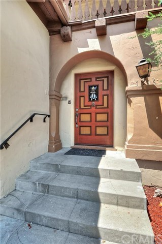 Additional photo for property listing at 1816 N. Heliotrope Drive  Santa Ana, Kaliforniya,92706 Amerika Birleşik Devletleri