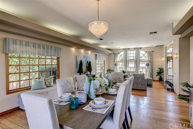 Casa Unifamiliar por un Venta en 2702 N. Villa Real Drive 2702 N. Villa Real Drive Orange, California,92867 Estados Unidos