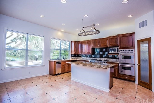 Additional photo for property listing at 7500 E. Endemont Court  Anaheim Hills, Καλιφορνια,92808 Ηνωμενεσ Πολιτειεσ