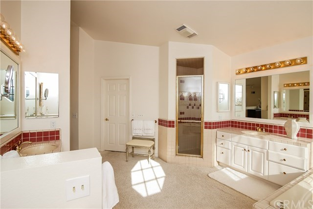 Additional photo for property listing at 335 Via Montanera  Anaheim Hills, Kaliforniya,92807 Amerika Birleşik Devletleri